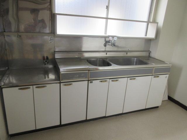 久本ビル 4F号室のキッチン