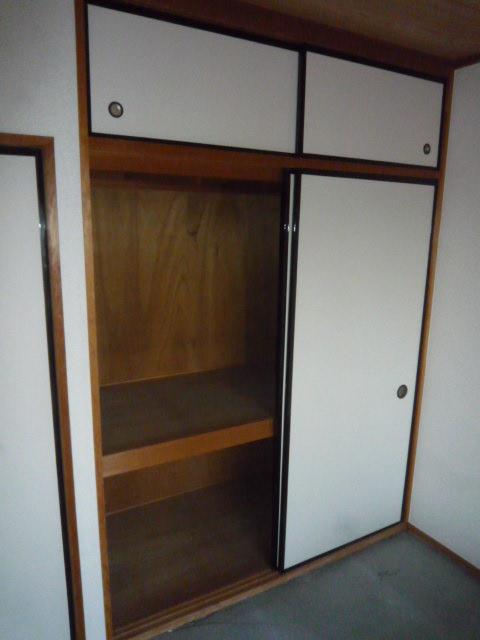 ファインマンションⅠ 303号室の収納