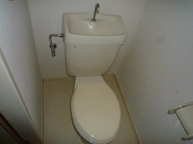 ファインマンションⅠ 303号室のトイレ