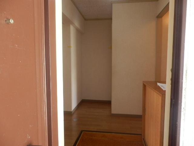 パークマンション 302号室の玄関