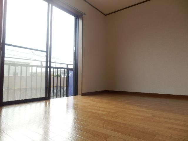 サニープレイス曳馬 201号室の収納
