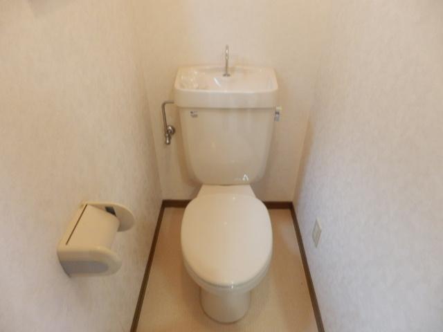 サニープレイス曳馬 201号室の洗面所