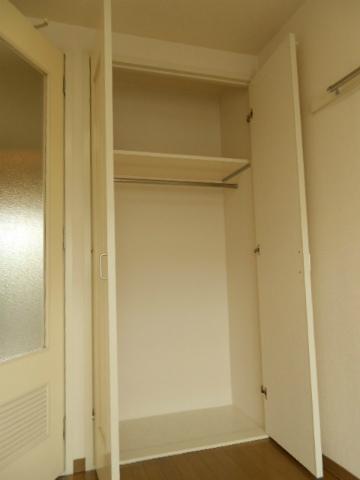 助信モンドEAST 105号室の収納