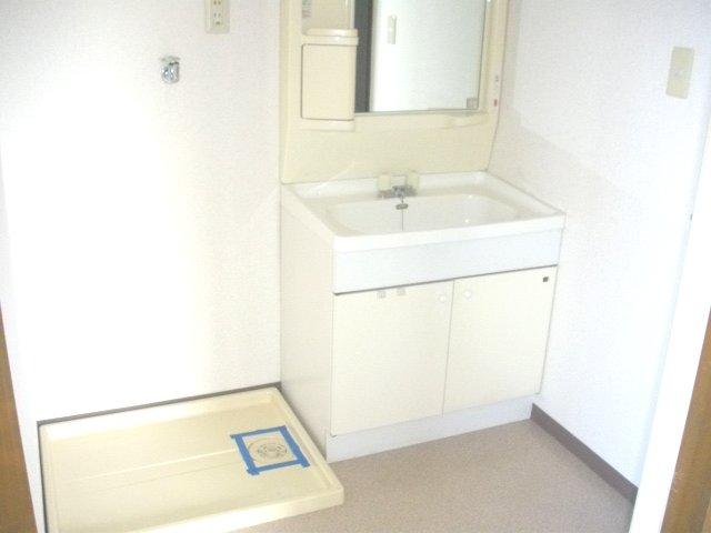 フォーラム丸塚 Ⅱ 103号室の洗面所