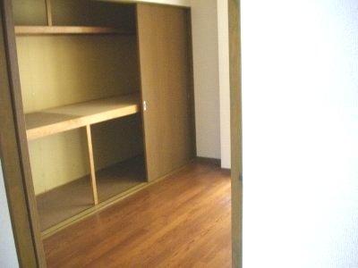 フォーラム丸塚 Ⅱ 103号室の収納