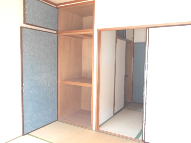 田園 102号室の収納