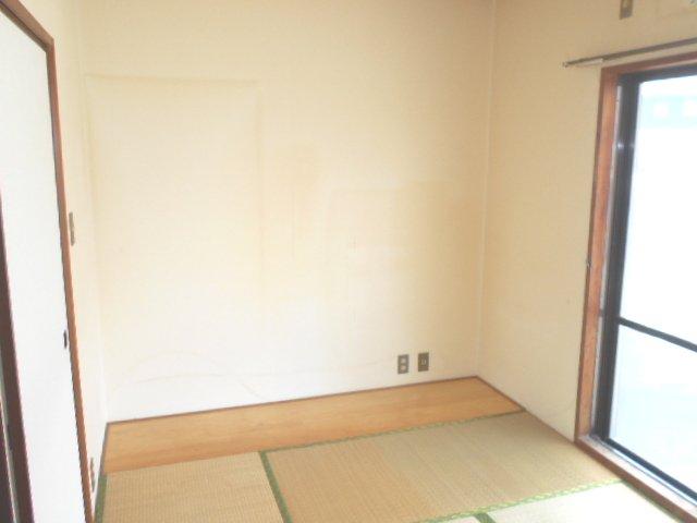 田園 102号室のベッドルーム