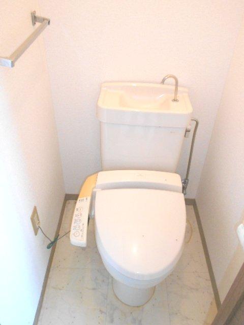 田園 102号室のトイレ