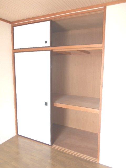 シャトル 201号室の収納