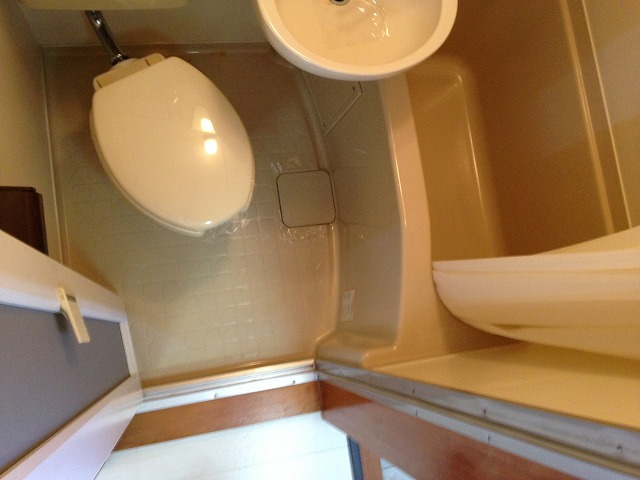 ハウス・ヨダ 201号室の風呂