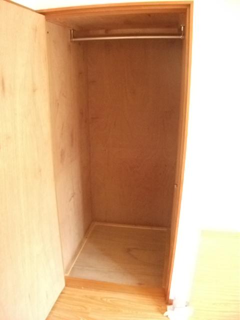 フジハイツ 102号室の収納