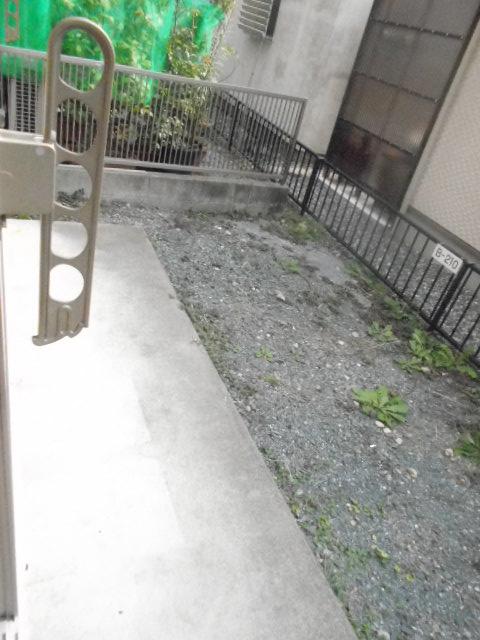 クワトロ泉A・B・C・Dの庭
