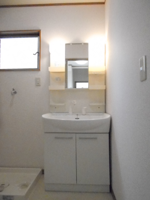 クワトロ泉A・B・C・Dの洗面所