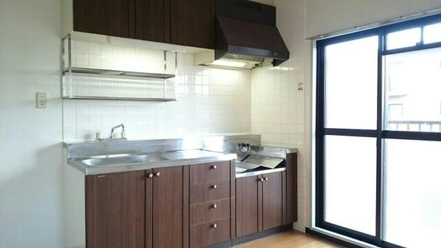 クレセントフジ A 03050号室のキッチン