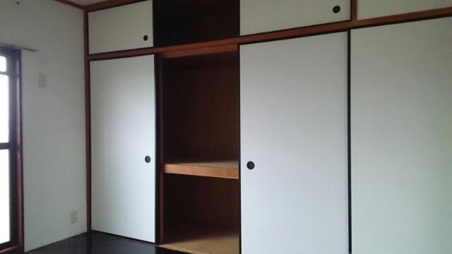 クレセントフジ A 03050号室の収納