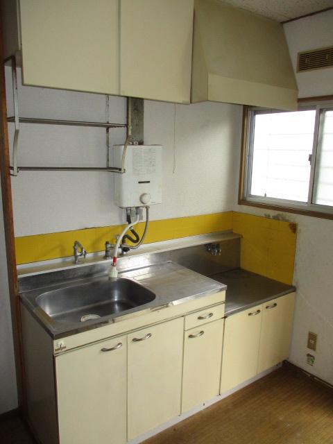 パナハイツ初生A 102号室のキッチン