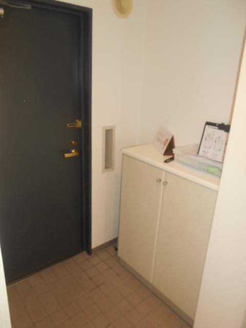 佐鳴湖パークタウンサウス 704号室の玄関