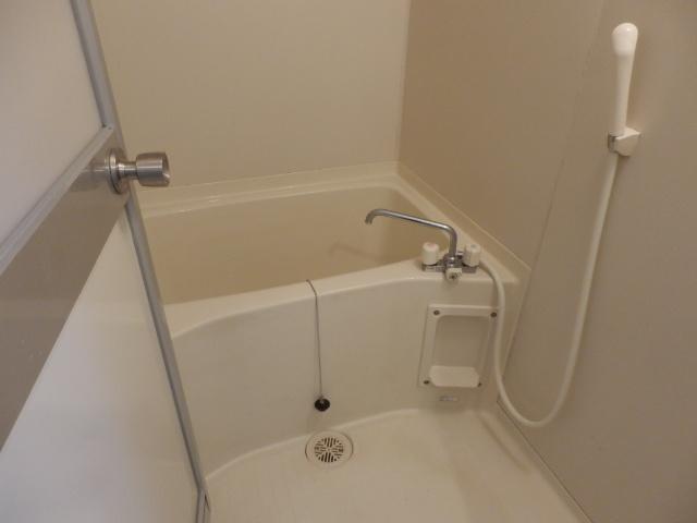 ラ・セフィーロⅦ 305号室の風呂