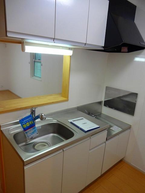 リヴィエ 01010号室のキッチン