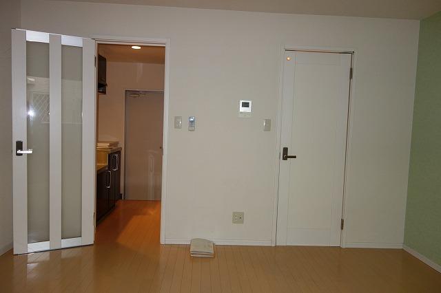 クレフラスト高丘A 102号室のキッチン
