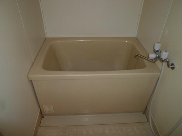 丸二サンハイツ 305号室の風呂