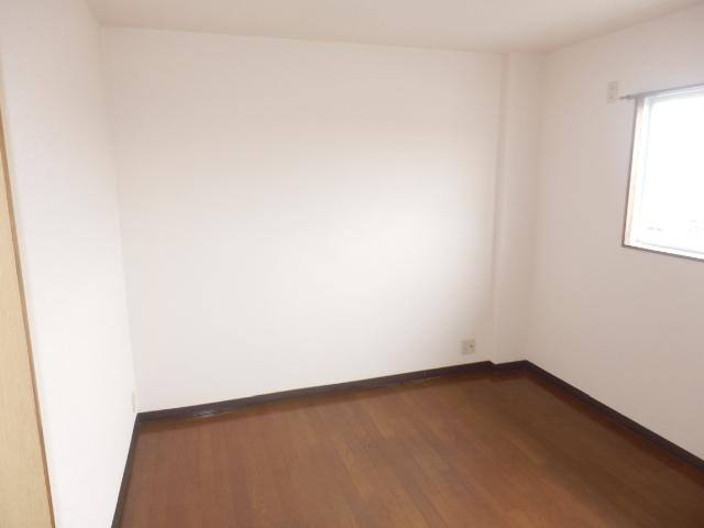 エレガンスヤダ 302号室のその他