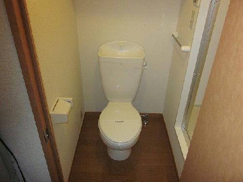 レオパレスあつた 205号室のトイレ