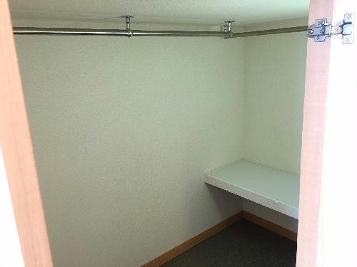 レオパレスエイムフル浜松 205号室の収納