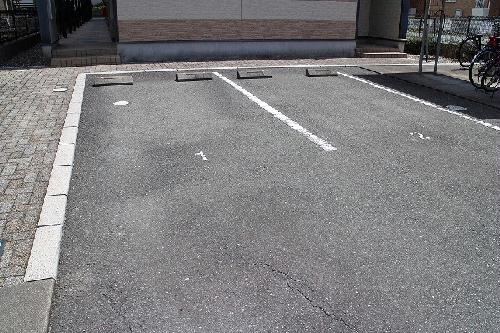 レオパレス森田 202号室のリビング