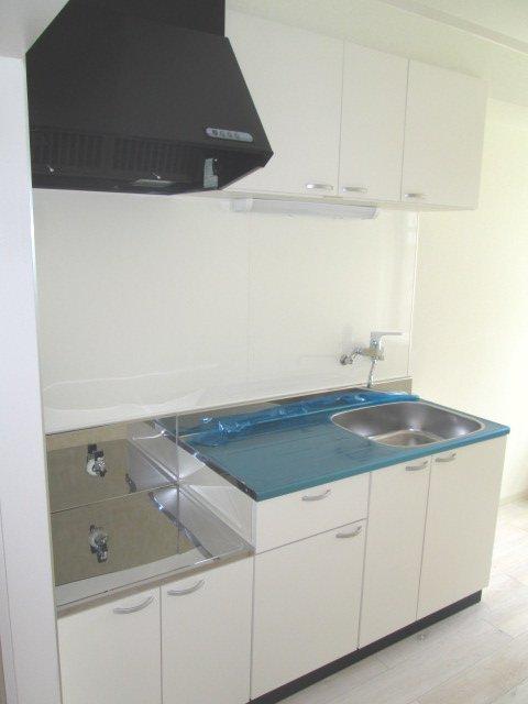 マンションストークV 101号室のキッチン
