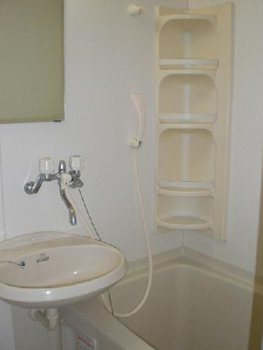 レオパレスアークコート 303号室の風呂