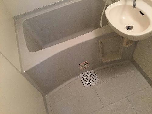 レオパレスCRECER 101号室のリビング