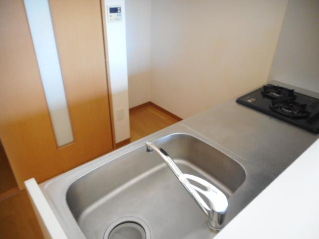 ドリームピア大蒲 403号室のキッチン
