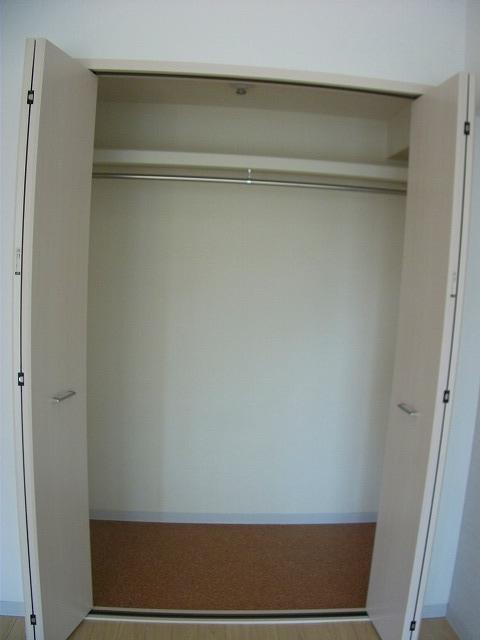 シティプレイス 602号室の収納