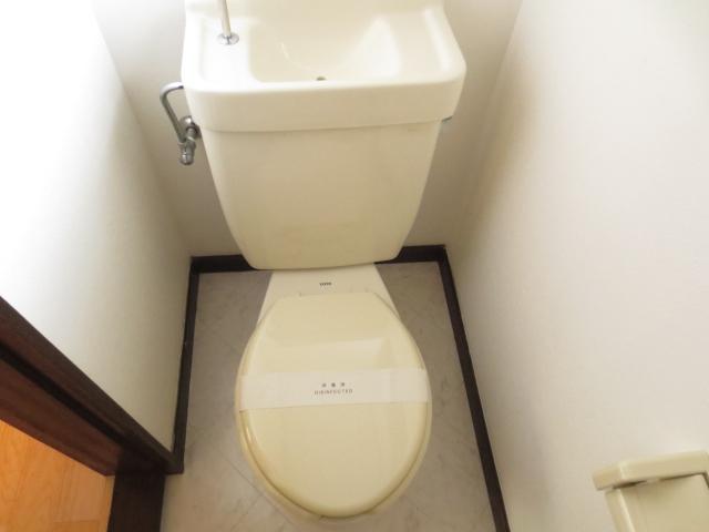 ハイツ小川 103号室のトイレ