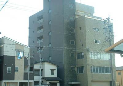 山王運輸ビル 7B号室の外観