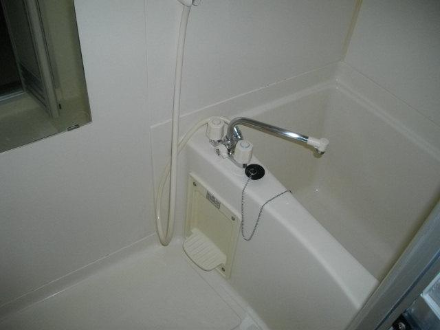 アルコⅤ 302号室の風呂