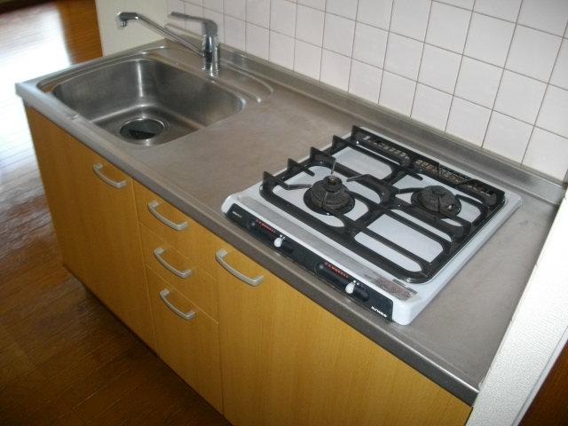 アルコⅤ 302号室のキッチン