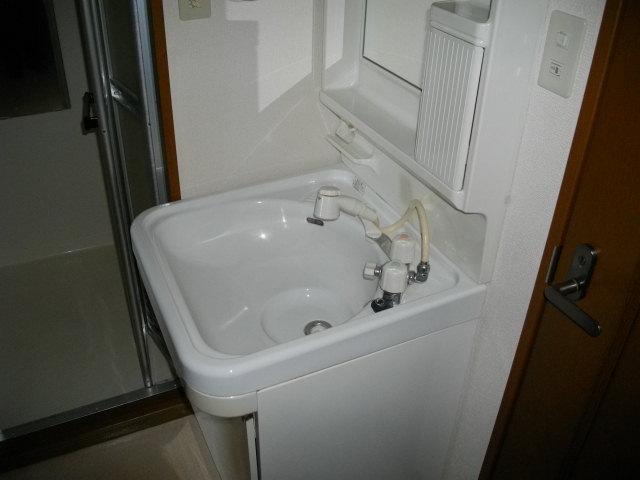 アルコⅤ 302号室の洗面所