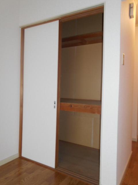 エクセルビラ住吉 107号室の収納