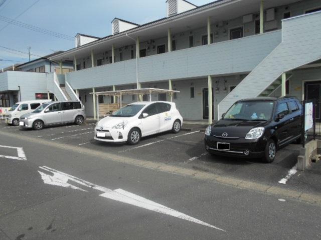 エクセルビラ住吉 107号室の駐車場