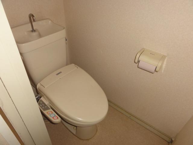 メゾン幸 102号室のトイレ