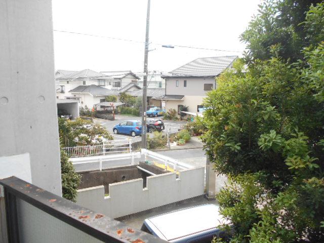 上島コモンコートD棟 203号室の景色