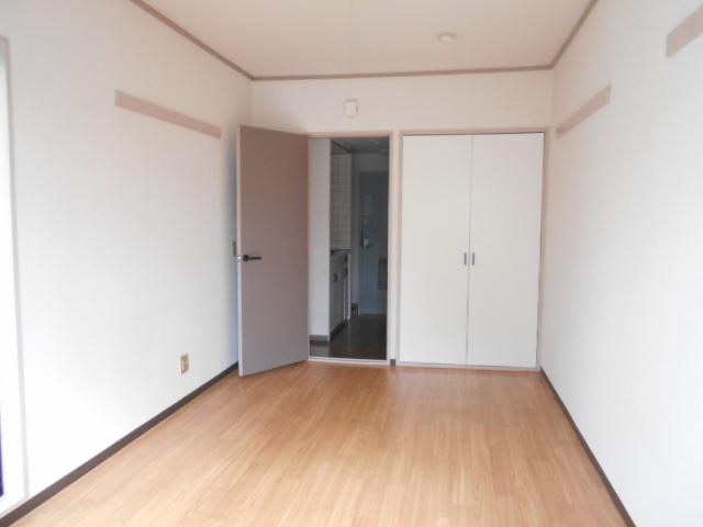 上島コモンコートD棟 203号室のその他
