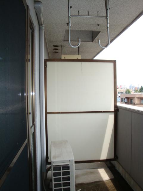 センチュリーパーク野田 203号室のバルコニー