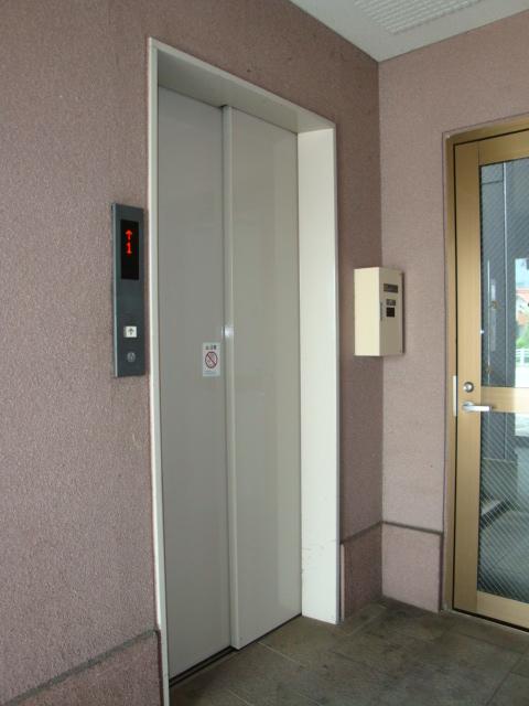センチュリーパーク野田 203号室のエントランス