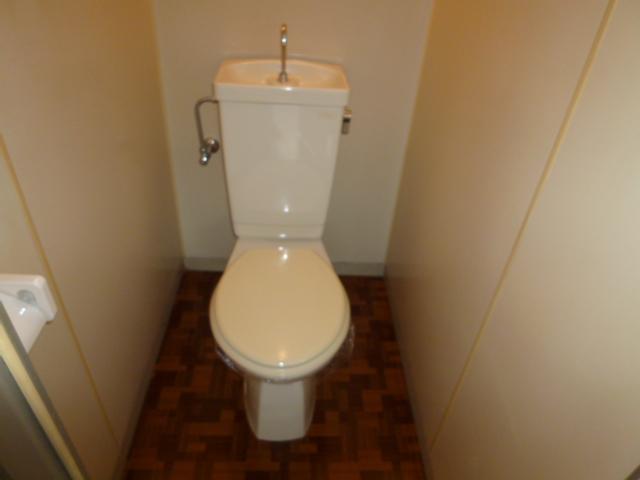 サンハイツ野田 201号室のトイレ