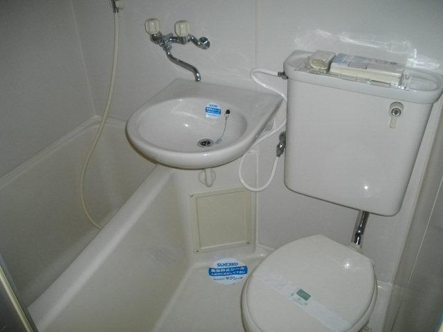 ハウスベーシック 206号室の風呂