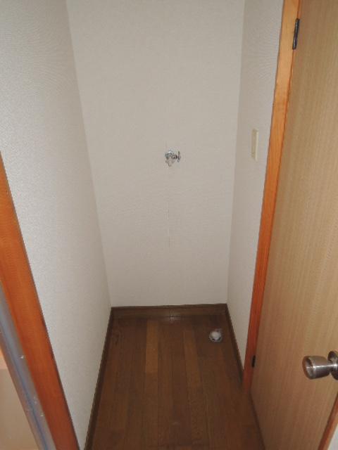 コーポスルガ台 201号室のその他