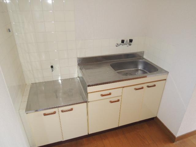 コーポスルガ台 201号室のキッチン